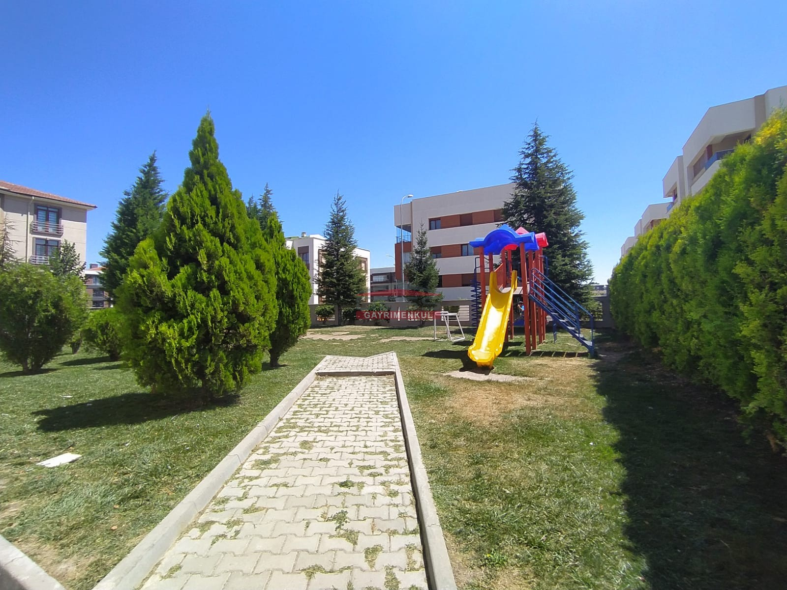 Bess   BESS'DEN BATIKENT PELİT EVLERİ SİTESİNDE HAVUZLU 4+1 DAİRE